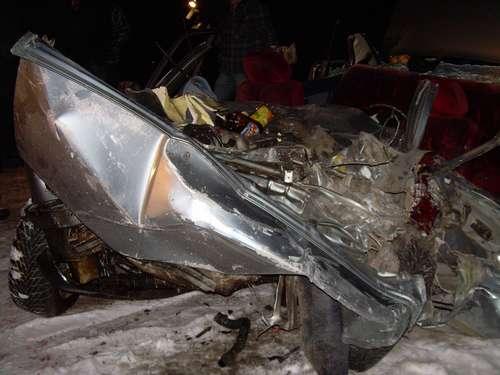 На трассе Пермь - Кунгур двое погибших в результате столкновения