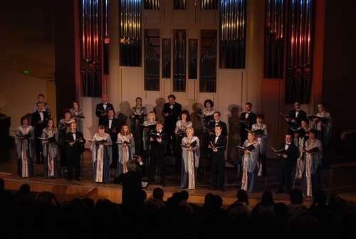 Концерт «Пасха Христова». Музыка и… что еще?