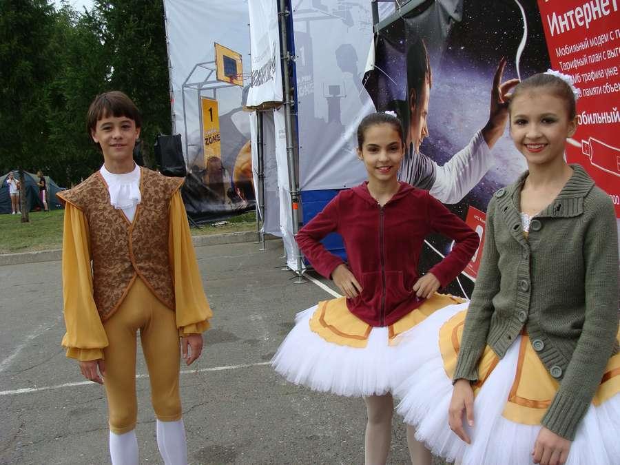 В день города в Перми открыты два памятника и три памятные доски, а по улице Ленина проплыли 32 ладьи - фото 30