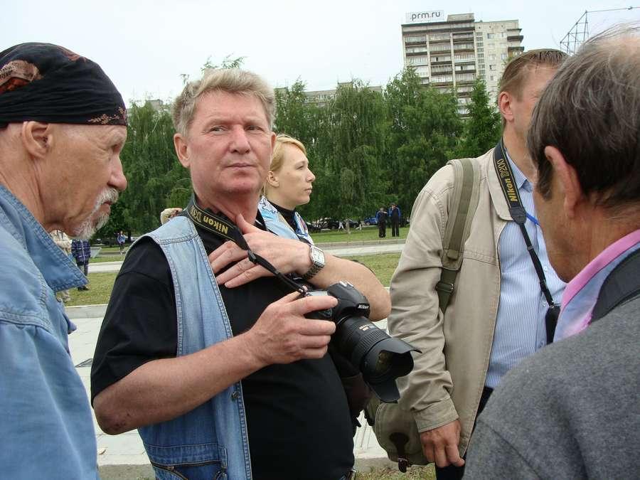В день города в Перми открыты два памятника и три памятные доски, а по улице Ленина проплыли 32 ладьи - фото 36