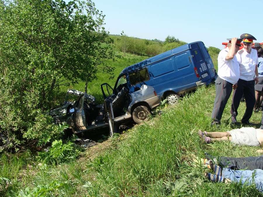 На 22-м километре дороги Пермь - Усть-Качка погибли три женщины - фото 1
