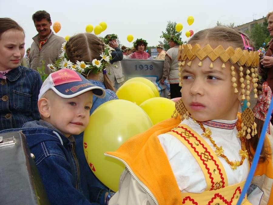 Сегодня в Кудымкаре чудь проводит карнавал
