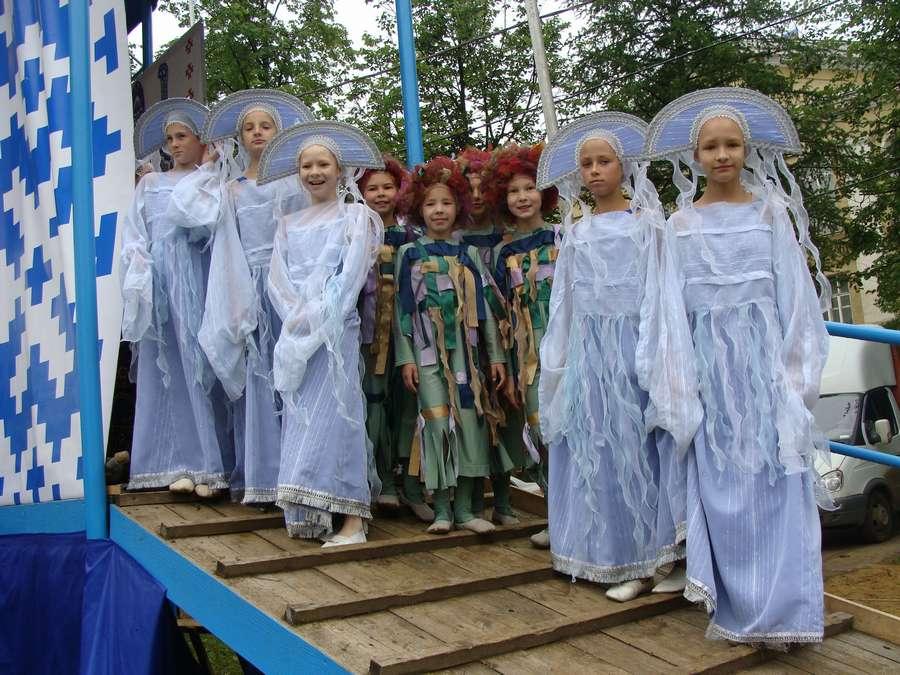 Сегодня в Кудымкаре чудь проводит карнавал - фото 22