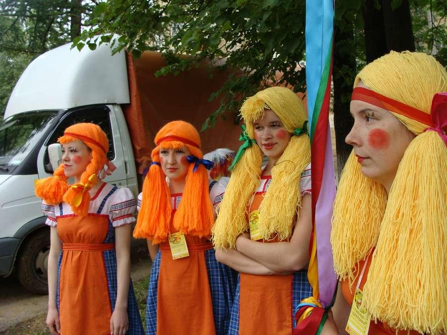 Сегодня в Кудымкаре чудь проводит карнавал - фото 24