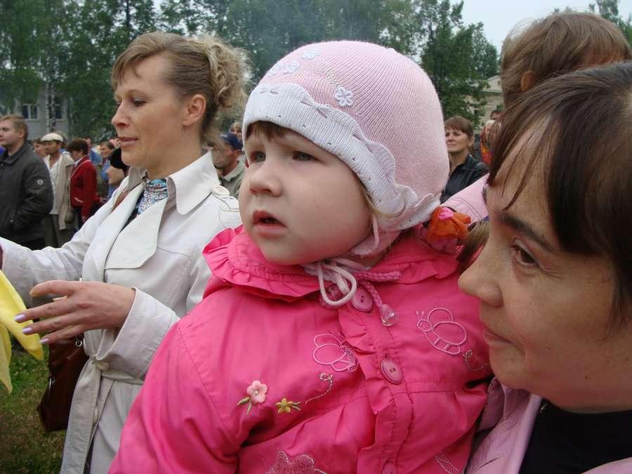 Сегодня в Кудымкаре чудь проводит карнавал - фото 29