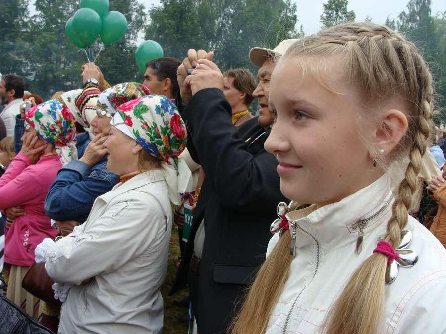 Сегодня в Кудымкаре чудь проводит карнавал - фото 40