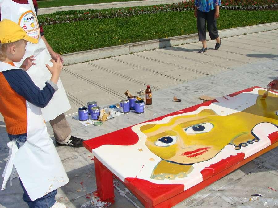 В Перми раскрасили Лавку Мира - фото 1