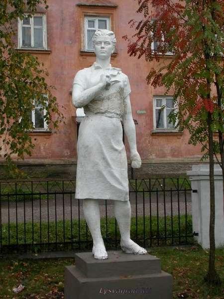 Парк советского периода в Лысьве разрастается - фото 1
