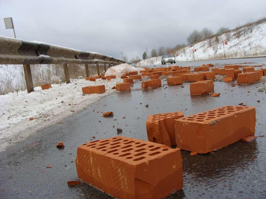 На трассе Пермь – Березники сегодня погибли три женщины - фото 1