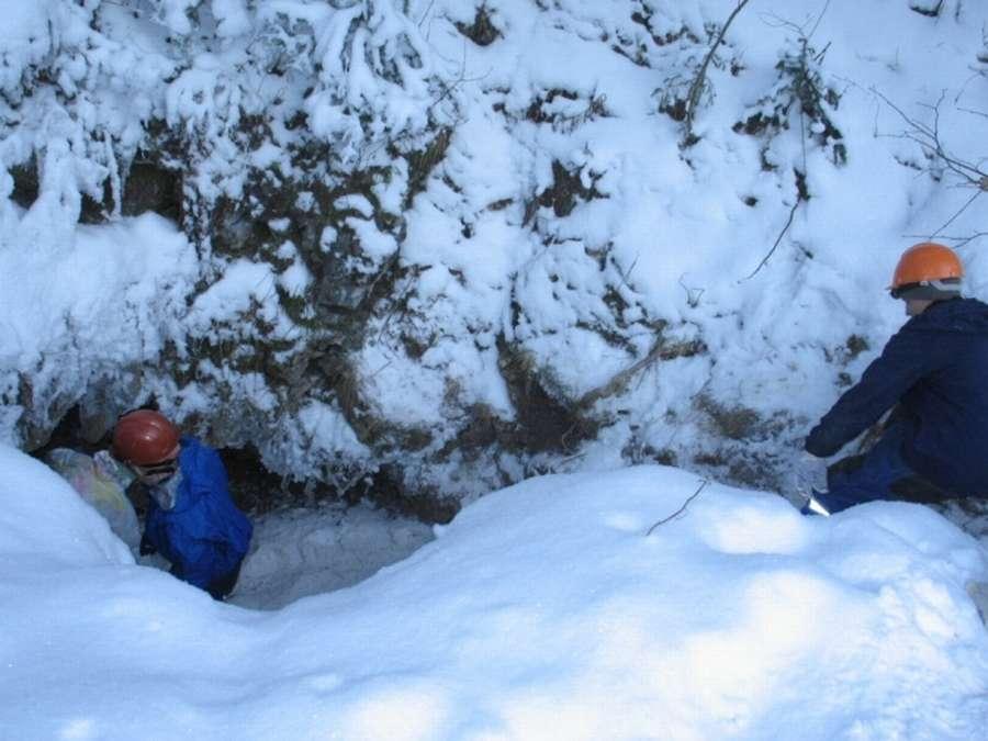 В пещере «Российская» близ Губахи пострадали, возможно, местные любители-спелеологи.