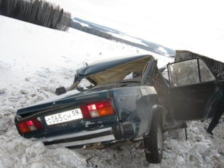 В Пермском крае в автокатастрофе погибли 4 человека и один ребенок - фото 1