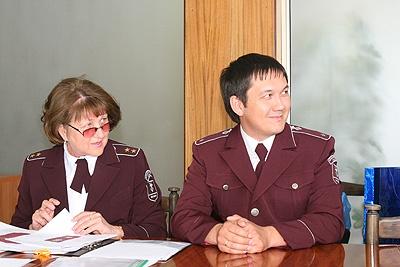 Башкирских чиновников одевают в форму