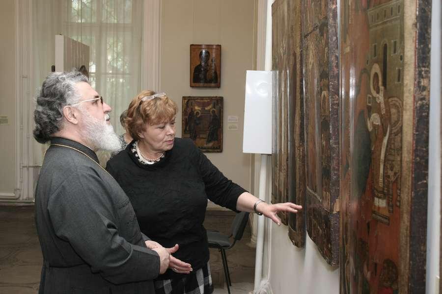 Митрополит Мефодий хочет поставить крест на Пермской художественной галерее