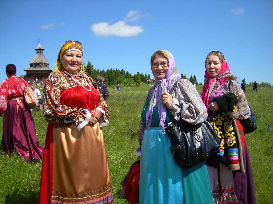 В Музее Хохловка сегодня организовали «певческое поле»