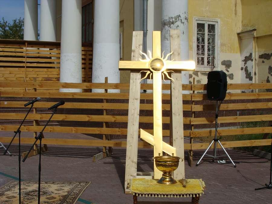 Сегодня в Перми засиял животворящий крест на колокольне Спасо-Преображенского собора