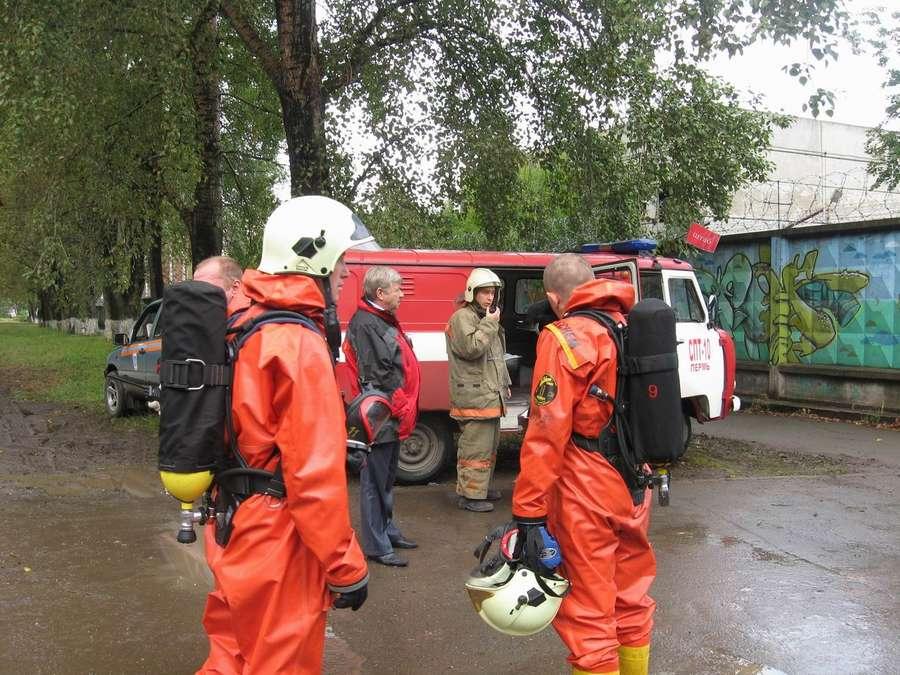 Пермские пожарные боролись с хлором - фото 1