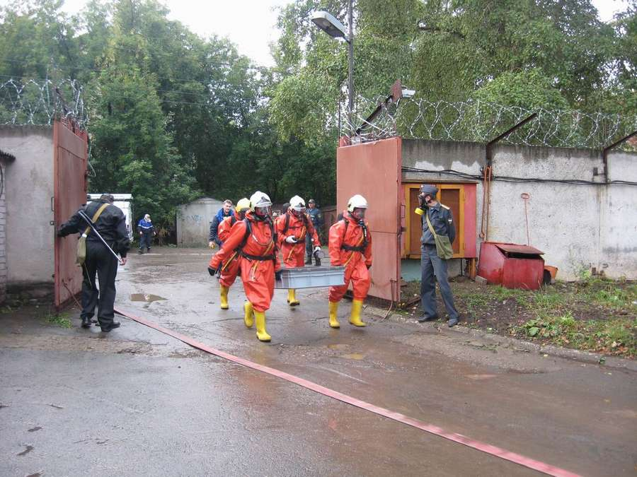 Пермские пожарные боролись с хлором - фото 2