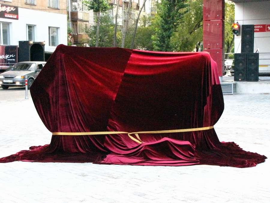Великолепное гайдаевское трио уже в Перми
