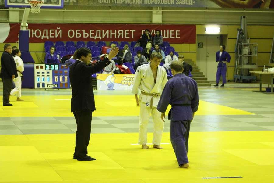 Пермские дзюдоисты почтили память заслуженного тренера России - фото 1