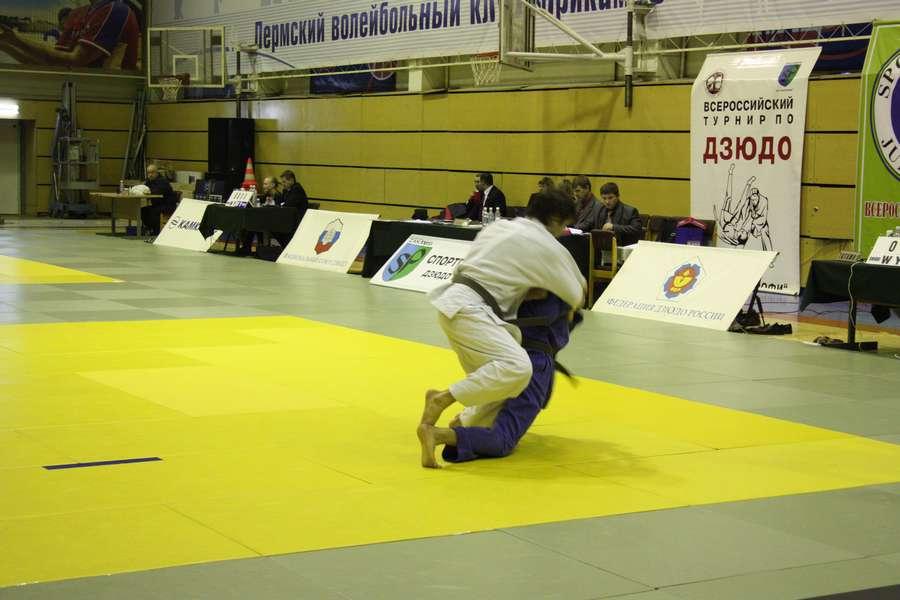 Пермские дзюдоисты почтили память заслуженного тренера России - фото 2