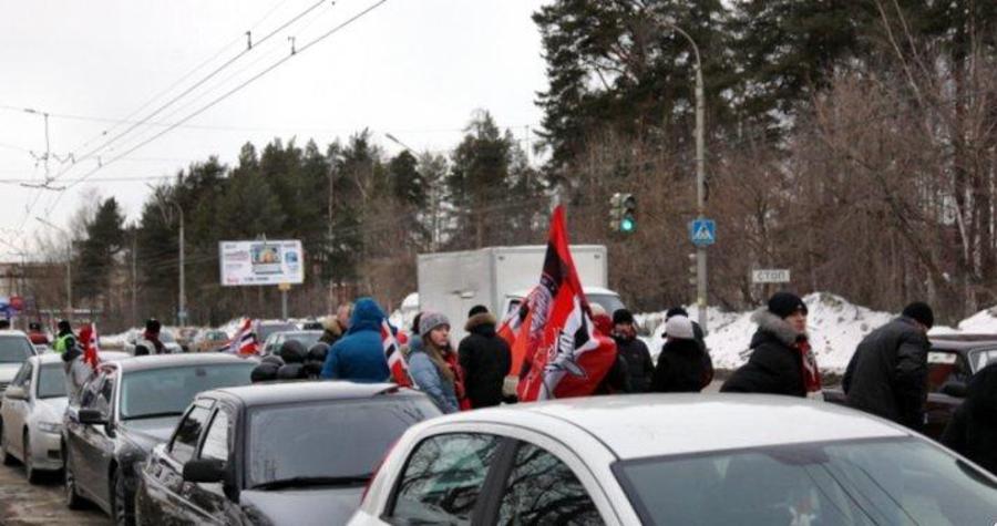 В Перми прошел автопробег в поддержку «Амкара»