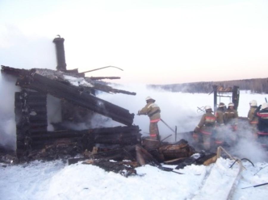 Жители села в Усольском районе  обречены сгорать в своих домах - фото 1