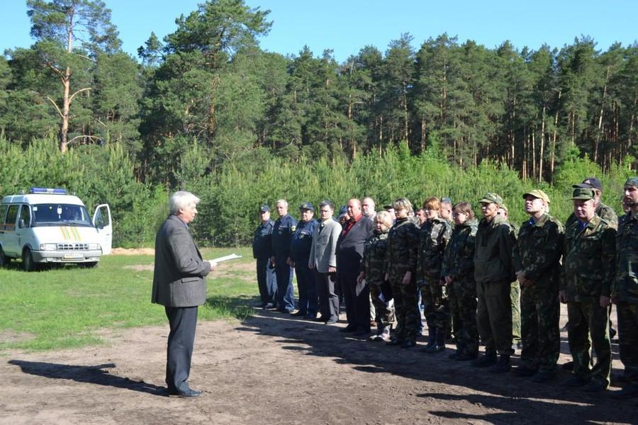 Пермские пожарные провели учения в городских лесах