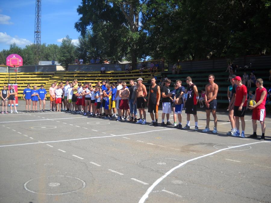 В Нытве прошел праздник баскетбола