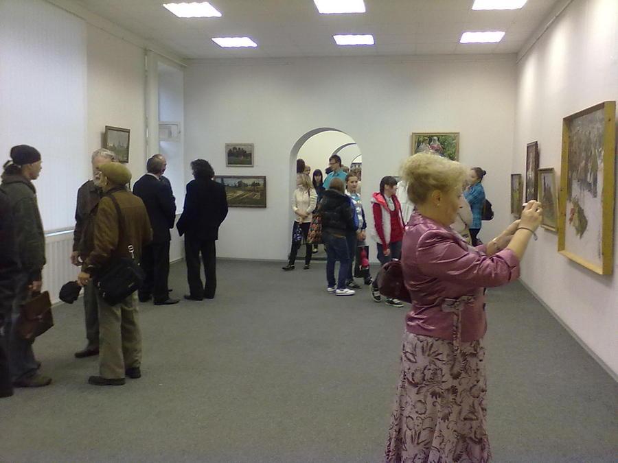 В Доме художника Перми открылась выставка, подаренная Оханску