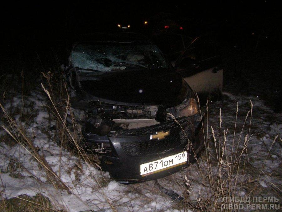 В столкновении двух автомобилей в Пермском крае погибла женщина
