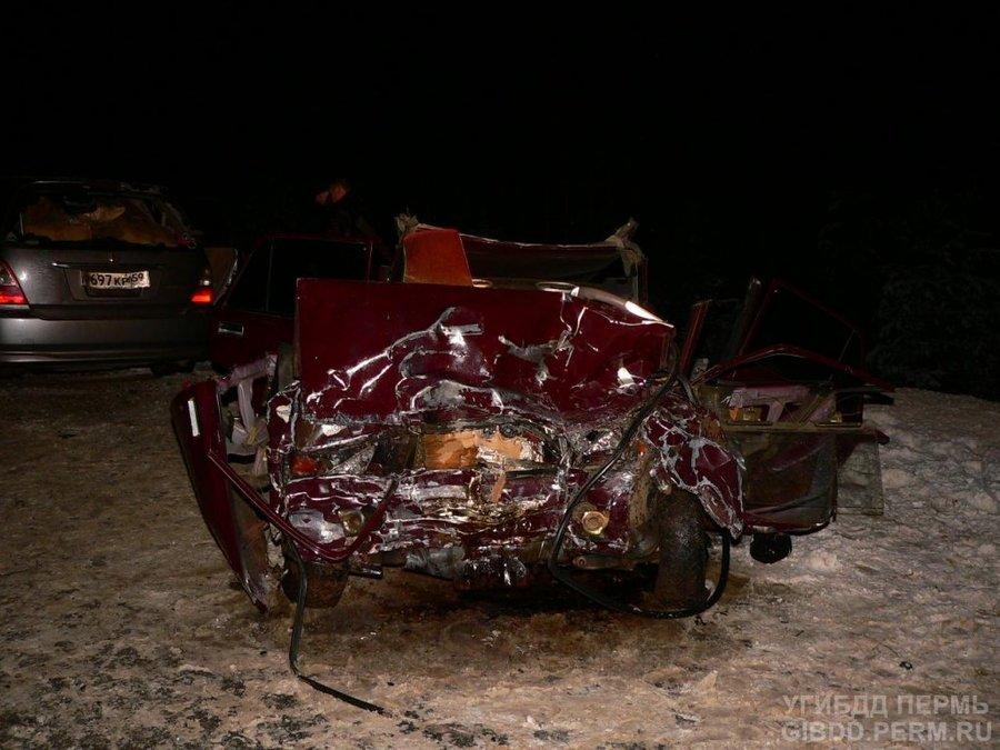 На автодороге Нытва — Кудымкар погибли два человека, трое ранены