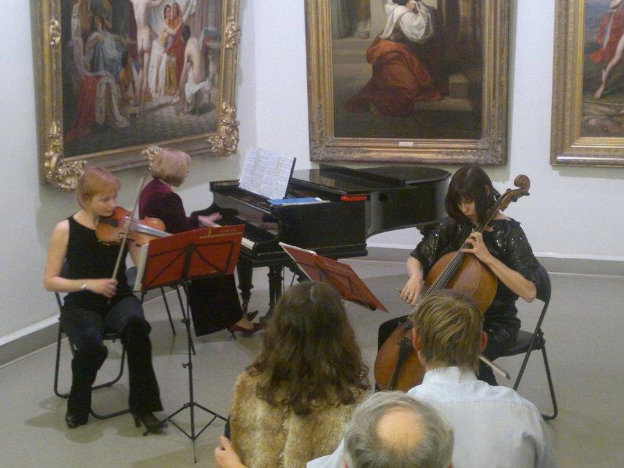 Классическая музыка звучала вчера в Пермской художественной галерее