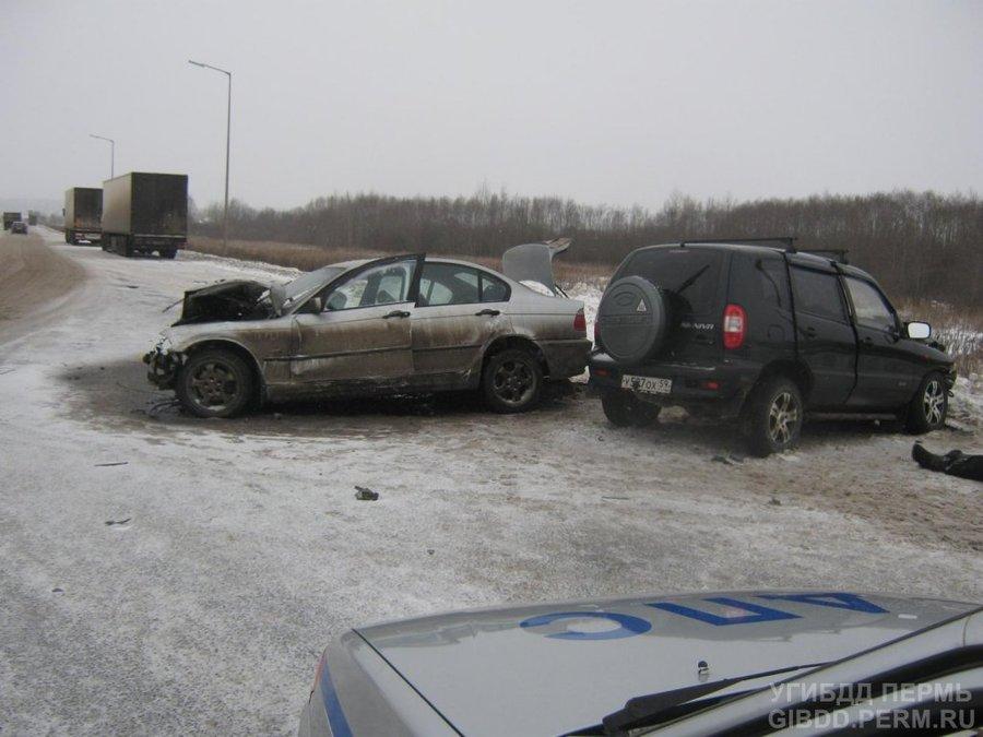 В Перми на участке автодороги «5 минут Америки» погибла женщина