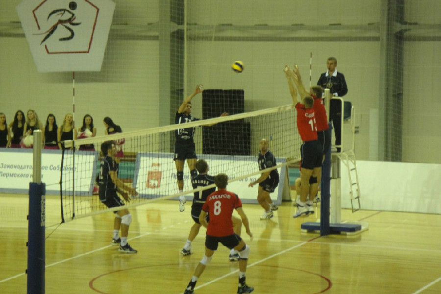 Пермские волейболисты одержали победу в матче чемпионата России