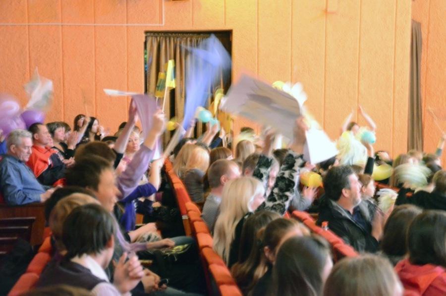 На Пермском школьном КВНе спели оду пельменю