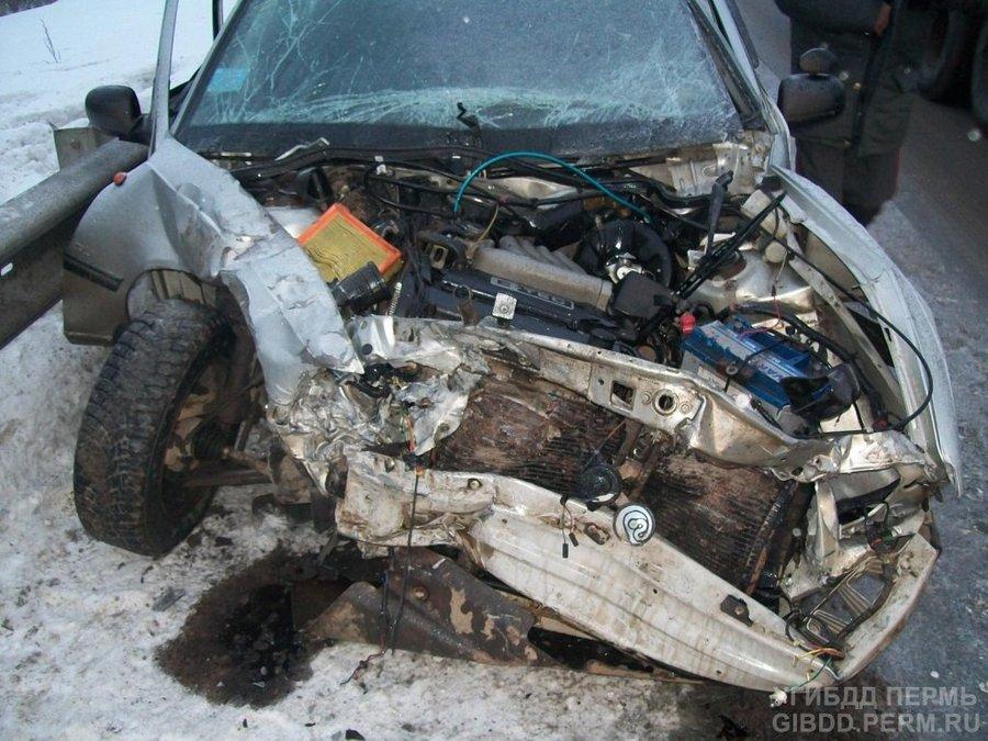 В Очерском районе в столкновении на встречных курсах пострадали два человека