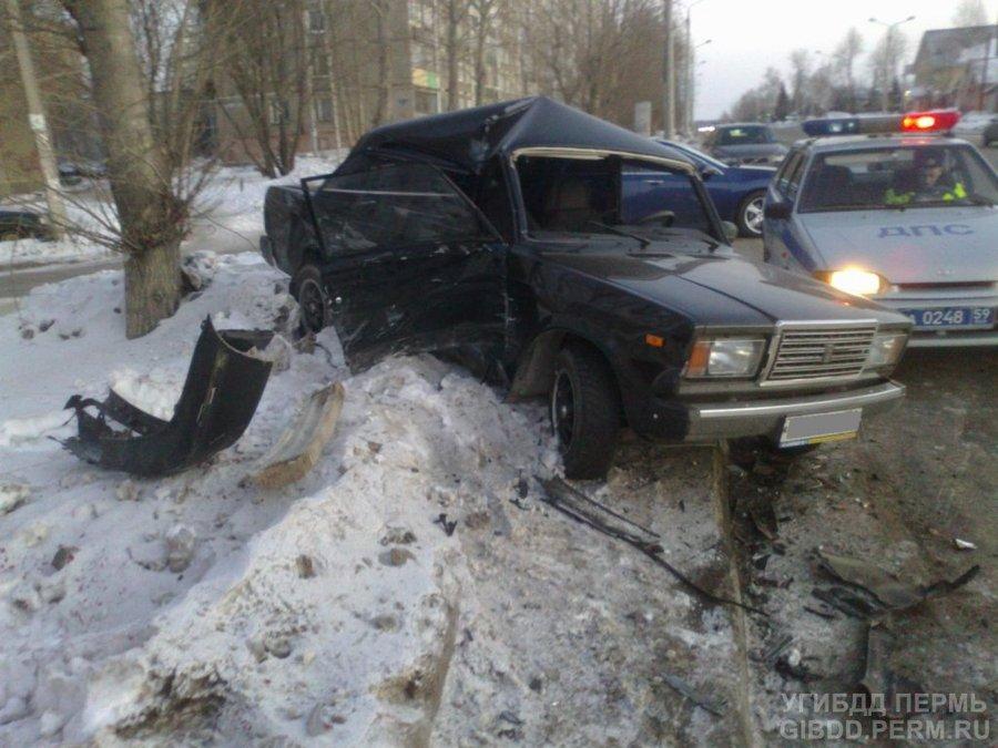 В Перми в столкновении машин травмирован водитель Нексии