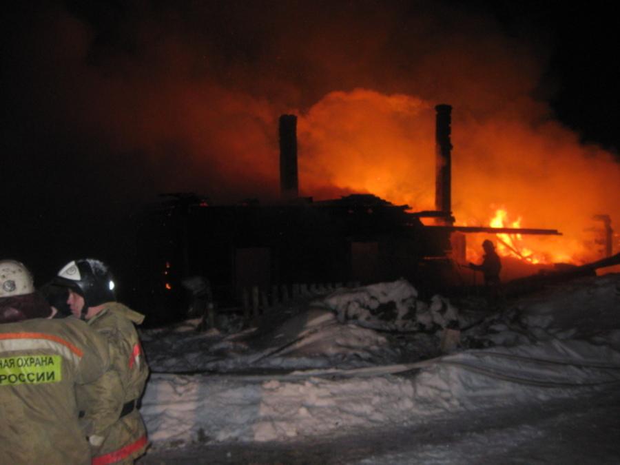 В Пермском районе 3-летний мальчик получил на пожаре тяжелые ожоги