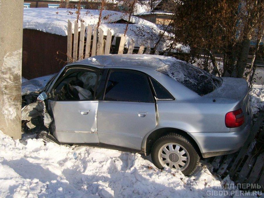 В Чусовом столкнулись Ауди и Тойота Камри
