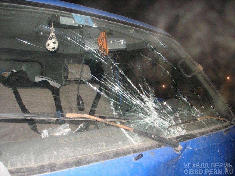 В Индустриальном районе Перми грузовиком насмерть сбит неизвестный