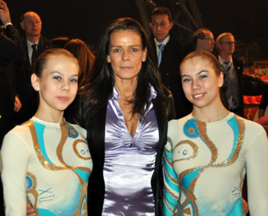 Девочек из пермского цирка «Грация» наградила принцесса