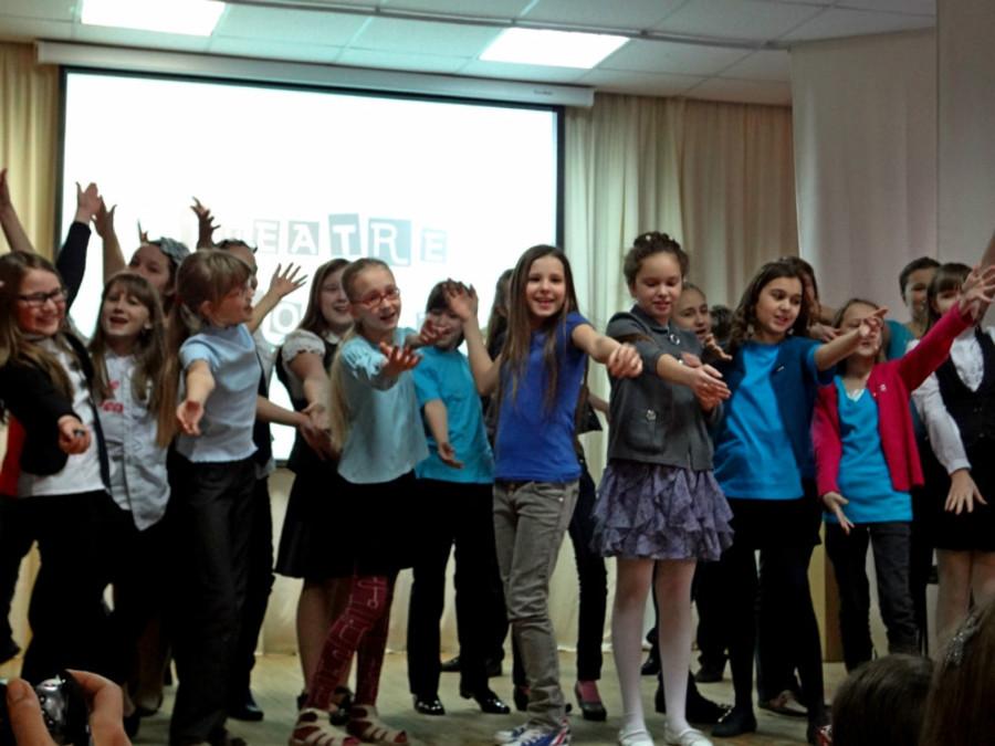 Пермские школьники показали музыкальный спектакль на английском языке - фото 3