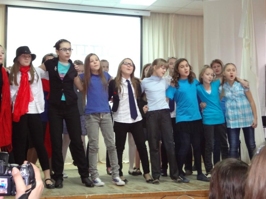Пермские школьники показали музыкальный спектакль на английском языке - фото 9