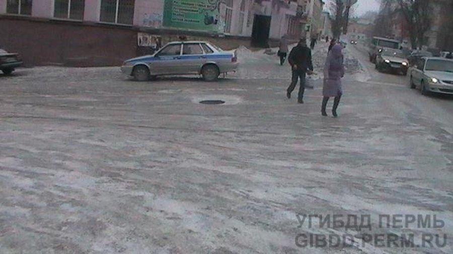 В Чусовом женщина-водитель сбила женщину-пешехода - фото 1