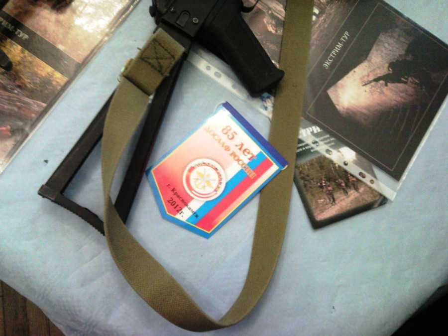 В Пермском Дворце пермяки любовались оружием - фото 22