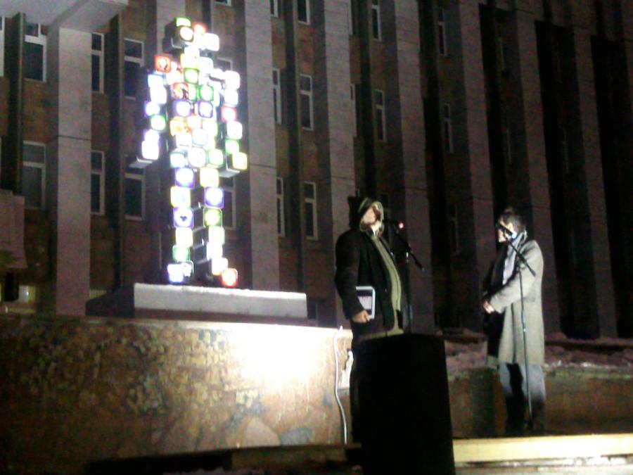 В Перми Марат Гельман заставил скульпторов выпрыгнуть из штанов