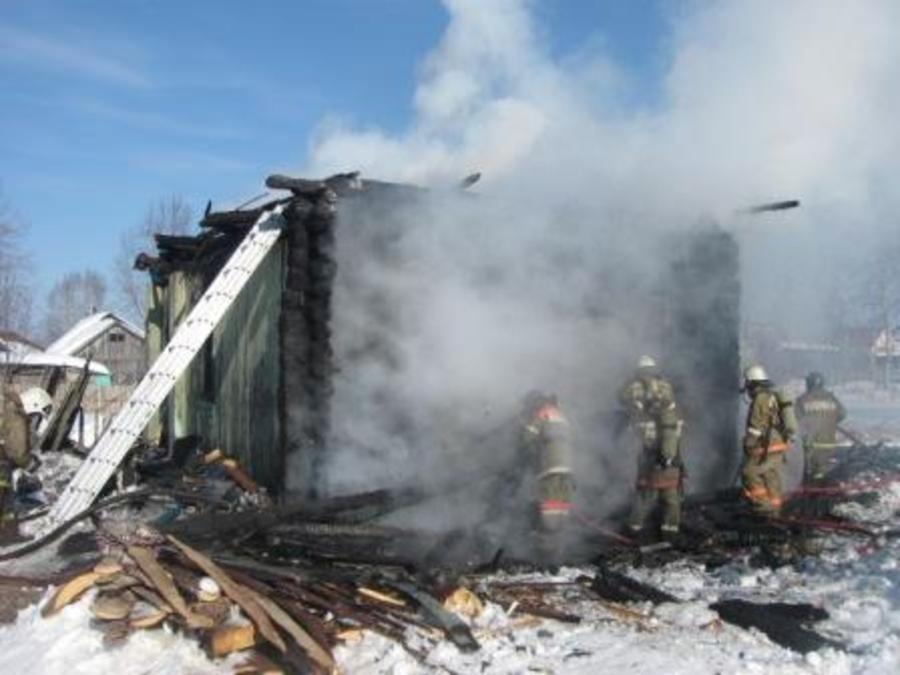 На пожаре в Перми погибли две девочки и мальчик
