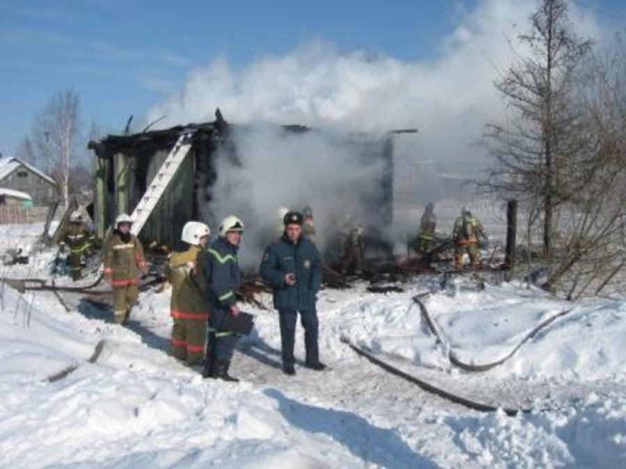 На пожаре в Перми погибли две девочки и мальчик - фото 3