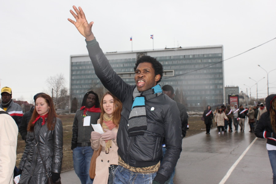 Заграничные гости устроили шествие в центре Перми
