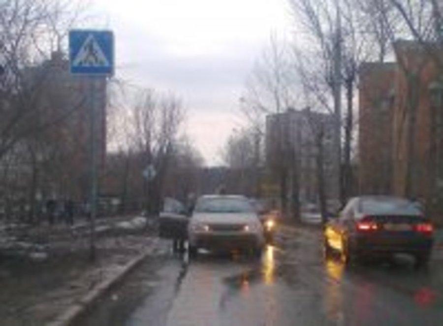 В Перми водитель Шевроле сбил 12-летнюю девочку - фото 1